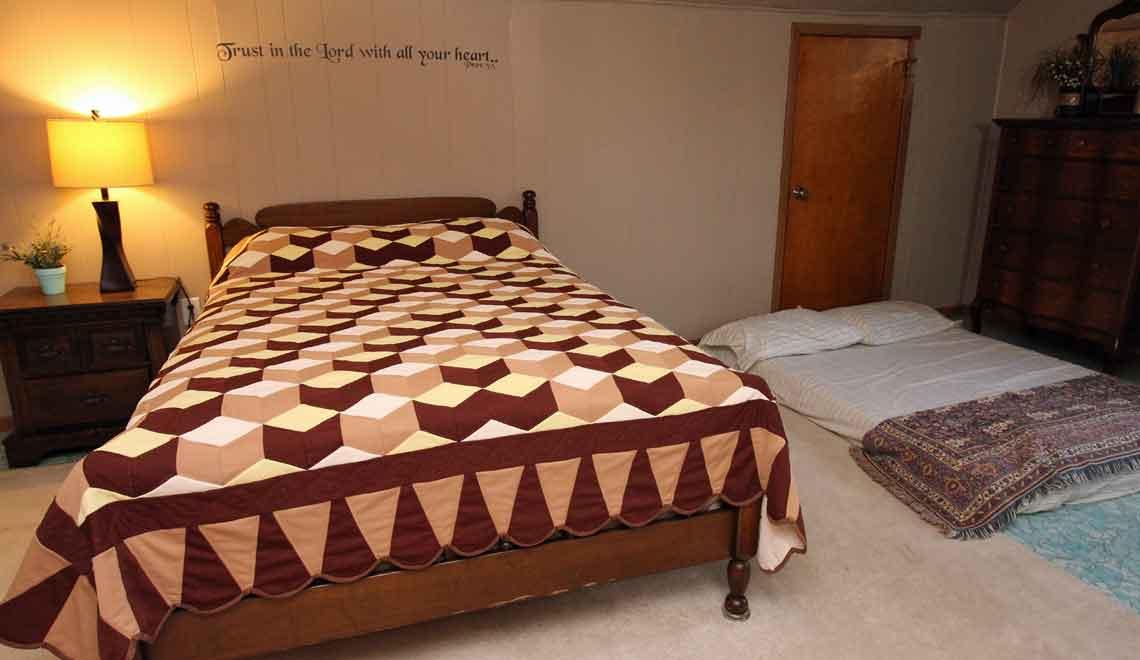 2md floor bedroom