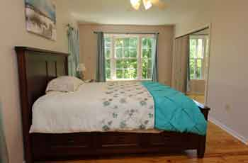 bedroom at Scenic Overlook Guesthouse